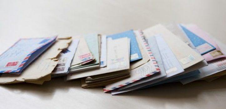 Foto servicii poștale via Shutterstock
